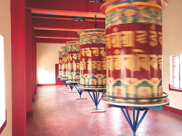 Visit the Tibetan temple in Bylakuppe on the Coorg tour