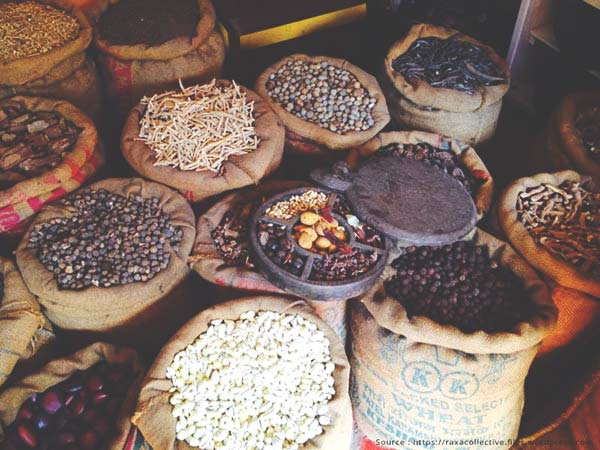 Sample some spices during  the Cochin city tour